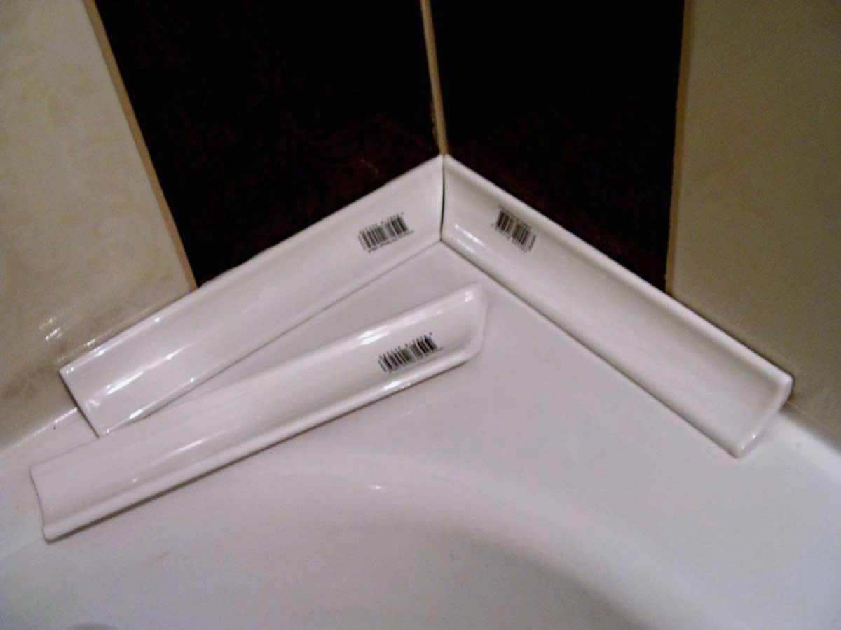 вариант использования герметизации в ванной в ремонте квартиры