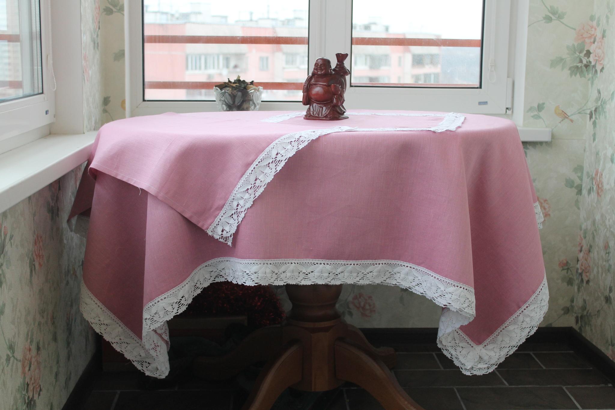 Скатерть розовая из льна