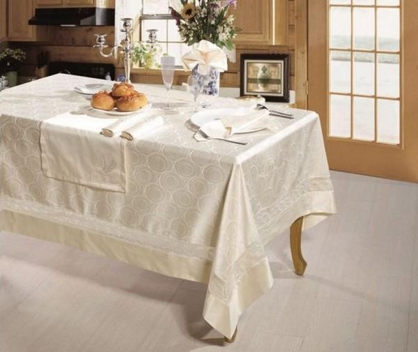Скатерть на прямоугольный стол с раннером
